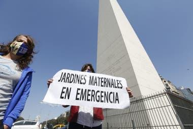En el día del maestro los jardines de infantes protestan en el centro porteño