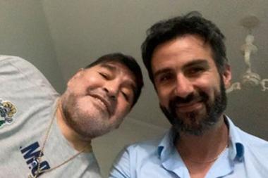Maradona y Leopoldo Luque, el neurocirujano que lo intervino en la noche del martes