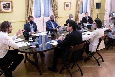Santiago Cafiero encabezó la reunión del gabinete de Promoción Federal, donde se fijó la agenda que se tratará en las capitales alternas