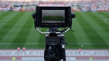 Sin fútbol, los clubes sufren por lo que puede venir: una merma considerable en sus ingresos por televisación