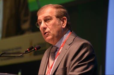 Fernando Rivara, presidente de la Federación de Acopiadores, en su discurso inaugural