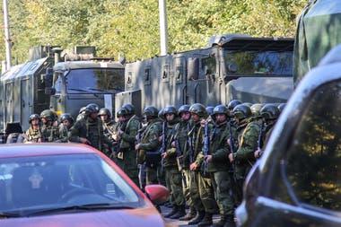 Un alumno hizo estallar una bomba en una escuela de Crimea y se suicidó: al menos 18 muertos