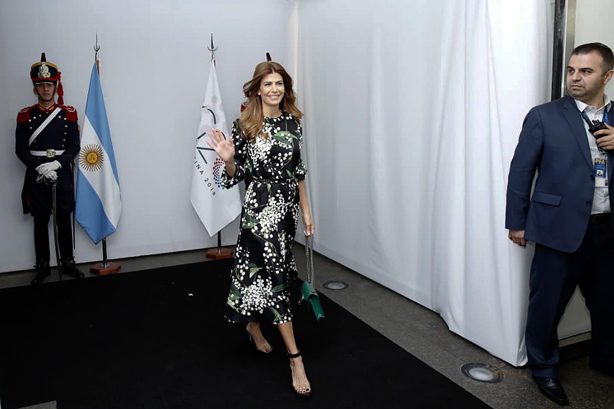 926022732 Todos los looks de Juliana Awada en el G20 - LA NACION