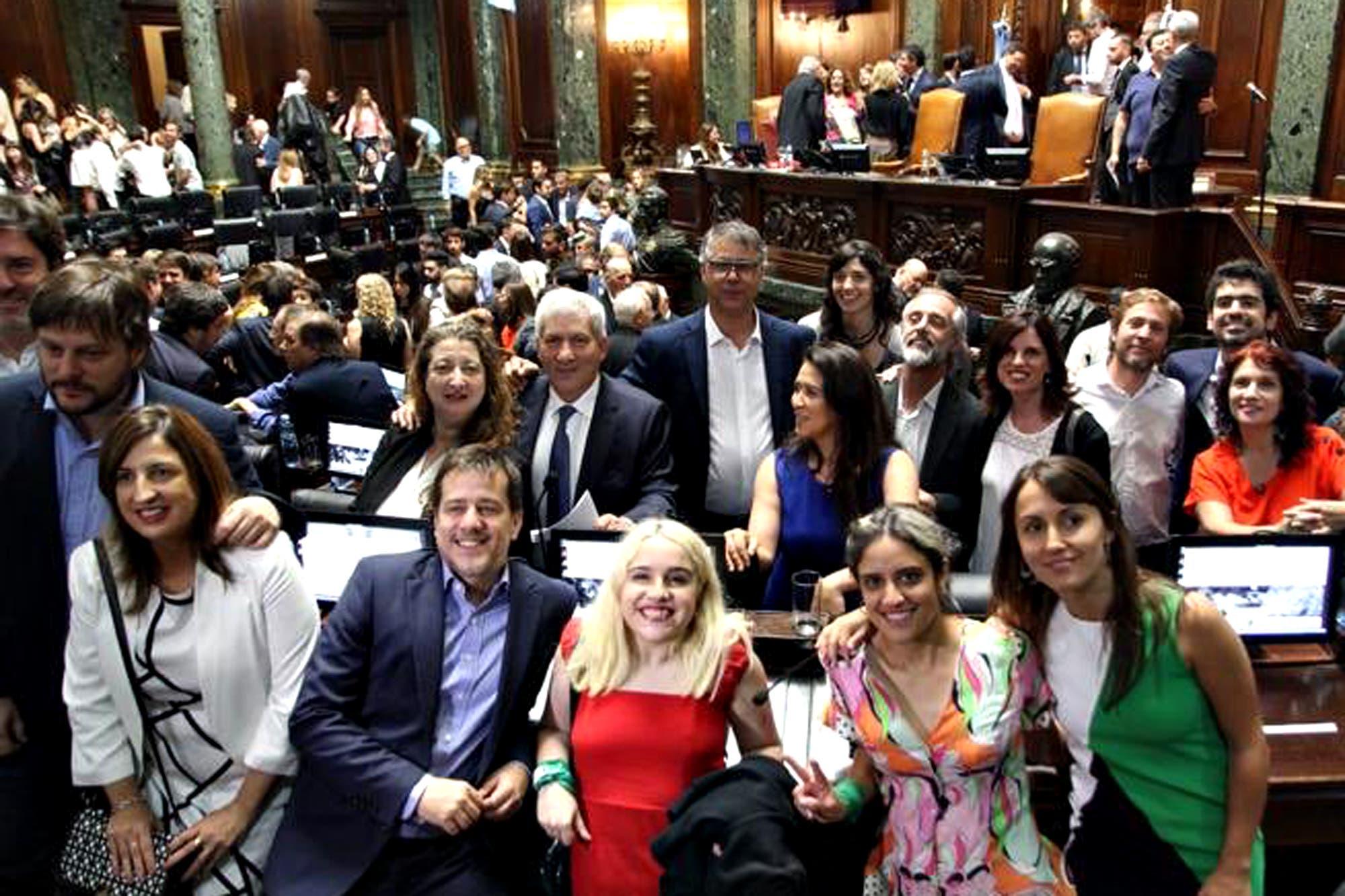 Legisladores porteños: quiénes juraron y el nuevo reparto de poder