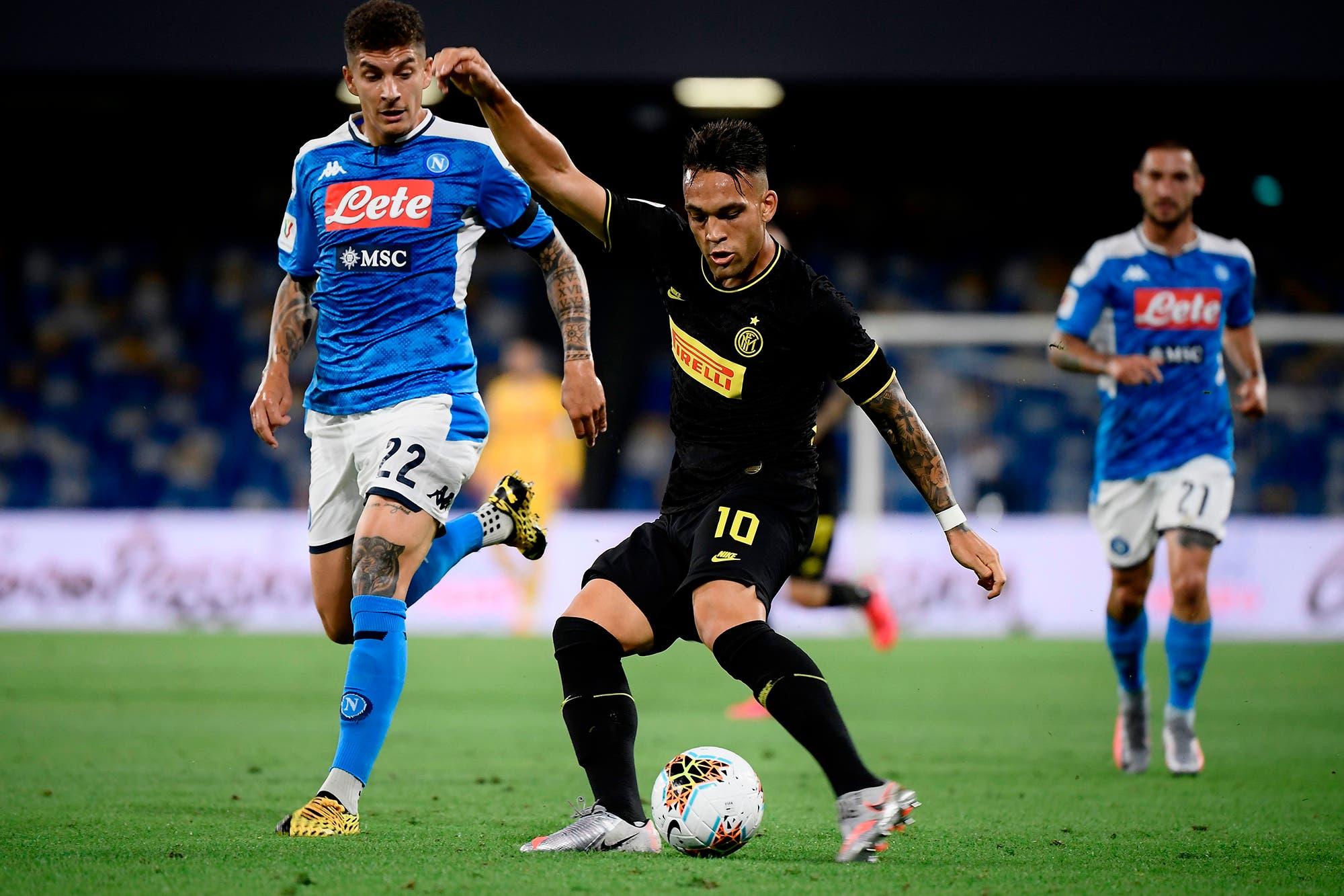 Napoli-Inter, por la Copa Italia: Lautaro Martínez salió de la cancha cuando su equipo iba rumbo a la eliminación