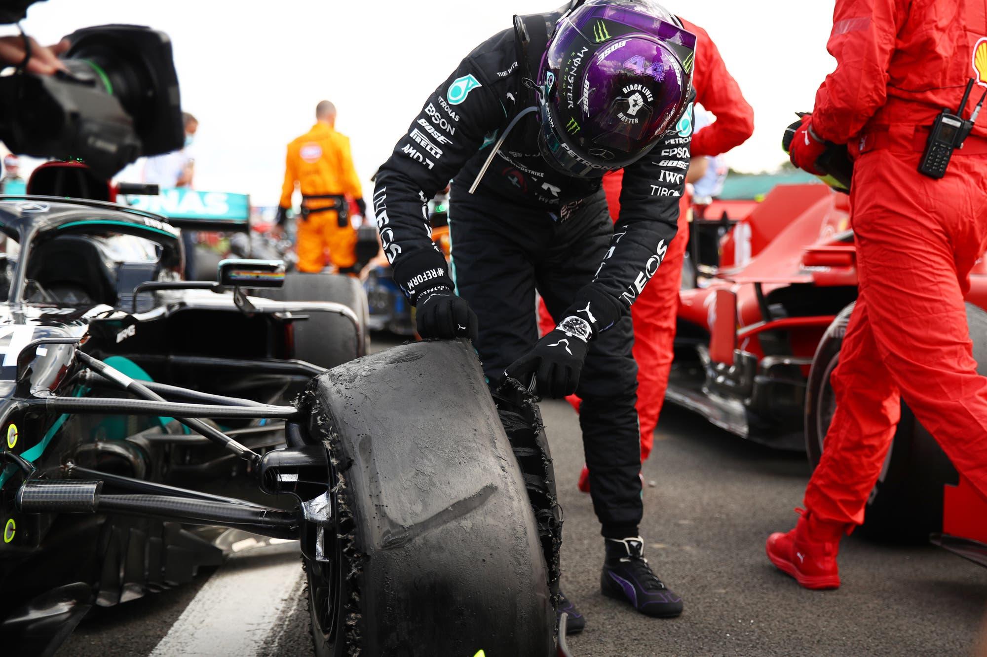 Fórmula 1: la explicación de Pirelli tras la rotura de los neumáticos de Lewis Hamilton, Valtteri Bottas y Carlos Sainz