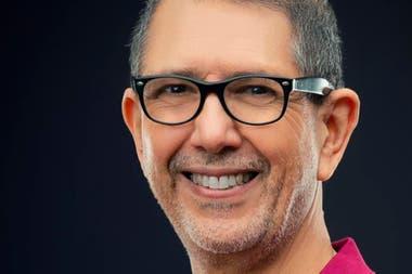 Pedro Merani, entrenador argentino del seleccionado de bowling de Qatar, desarrolló un método para el funcionamiento mental que ayuda a Podoroska.