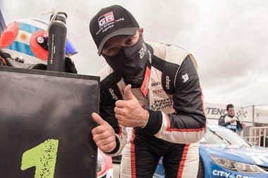 """""""El auto del Top Race me costó menos que el del Súper TC2000. Es más parecido a lo que estoy acostumbrado"""", aseguró el brasileño Rubens Barrichello, un histórico de la Fórmula 1 que busca nuevas aventuras"""