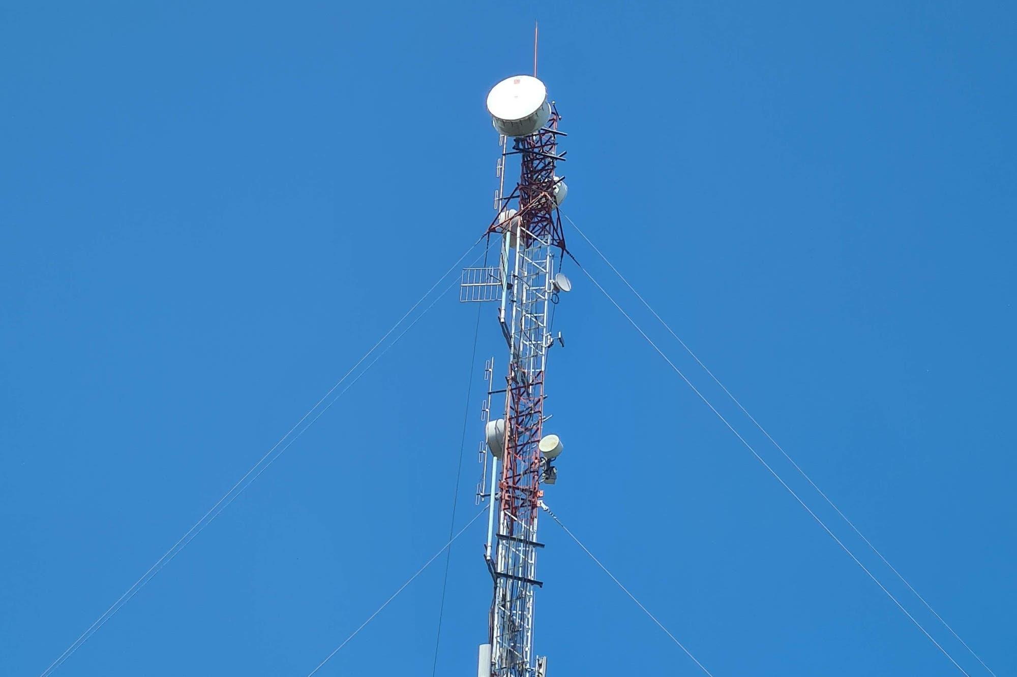 Quién vigila la radiación del 5G, y cuáles son sus verdaderos riesgos