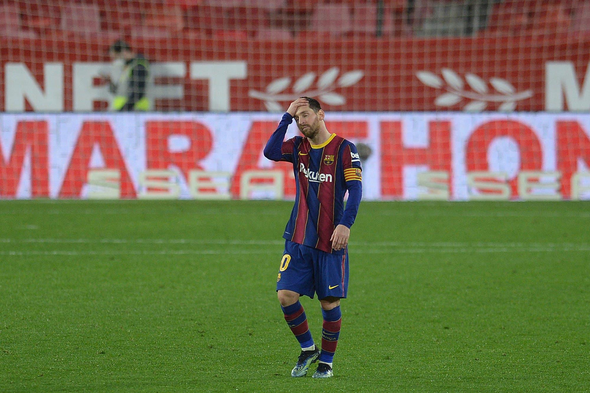Copa del Rey. El partido 900 de Messi fue sin gol ante Sevilla, que le ganó 2-0 la primera semifinal a Barcelona
