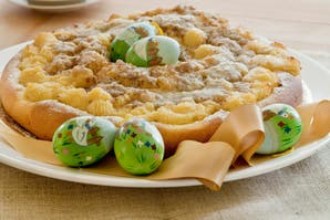 Rosca de pascua con frangipane y pastelera