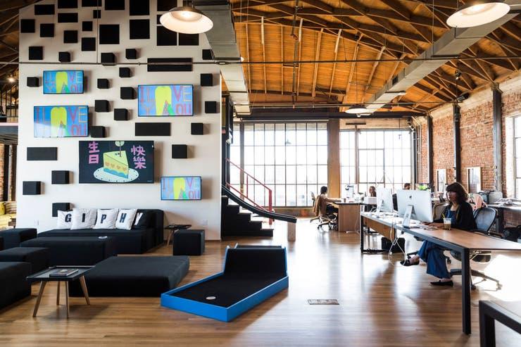Las oficinas de Giphy Studios en Los Angeles; crea contenido original para su plataforma de GIFs animados