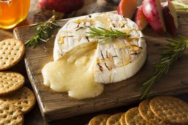 El queso Brie es más grande y se considera más antiguo