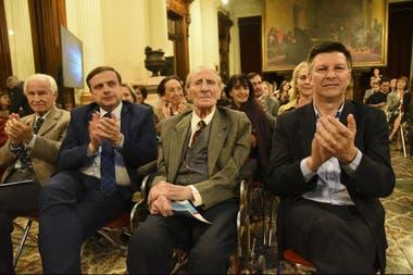 Enrique Lommi en el homenaje que le realizaron en el Congreso