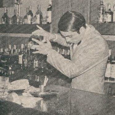 Aldo en la década del 70, en La Biela
