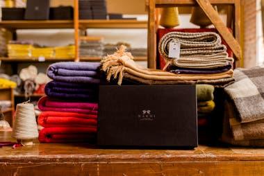 Hilandería Warmi es otro de los casos con productos hechos con fibras naturales que se exportan desde la Argentina
