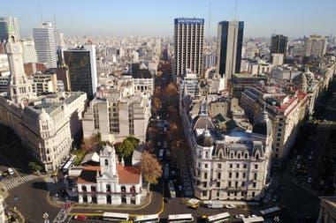 La Avenida De Mayo Símbolo De Buenos Aires Cumple 125 Años