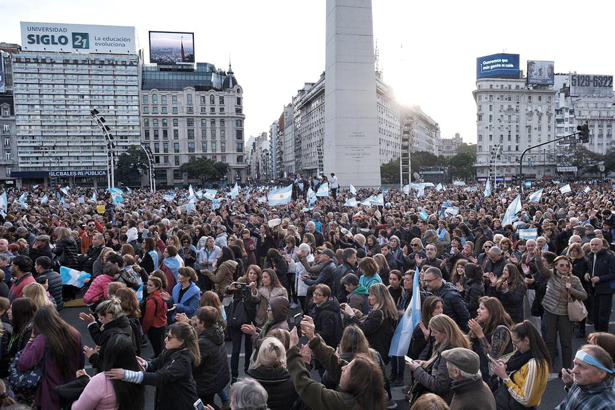 #24A: con pancartas y pedidos de fiscalizar mejor en octubre, marcharon en el centro porteño