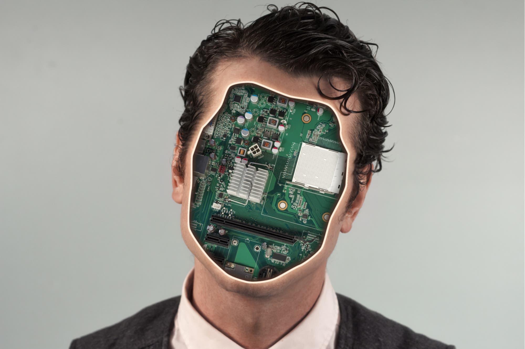 Pagarán 128 mil dólares a quien permita que se use su cara como rostro de miles de robots