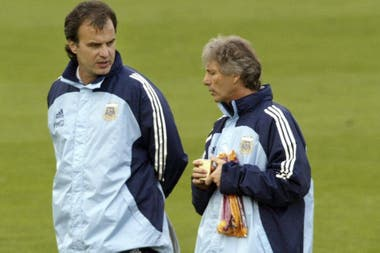 Con Marcelo Bielsa, que estaba al mando de la selección mayor