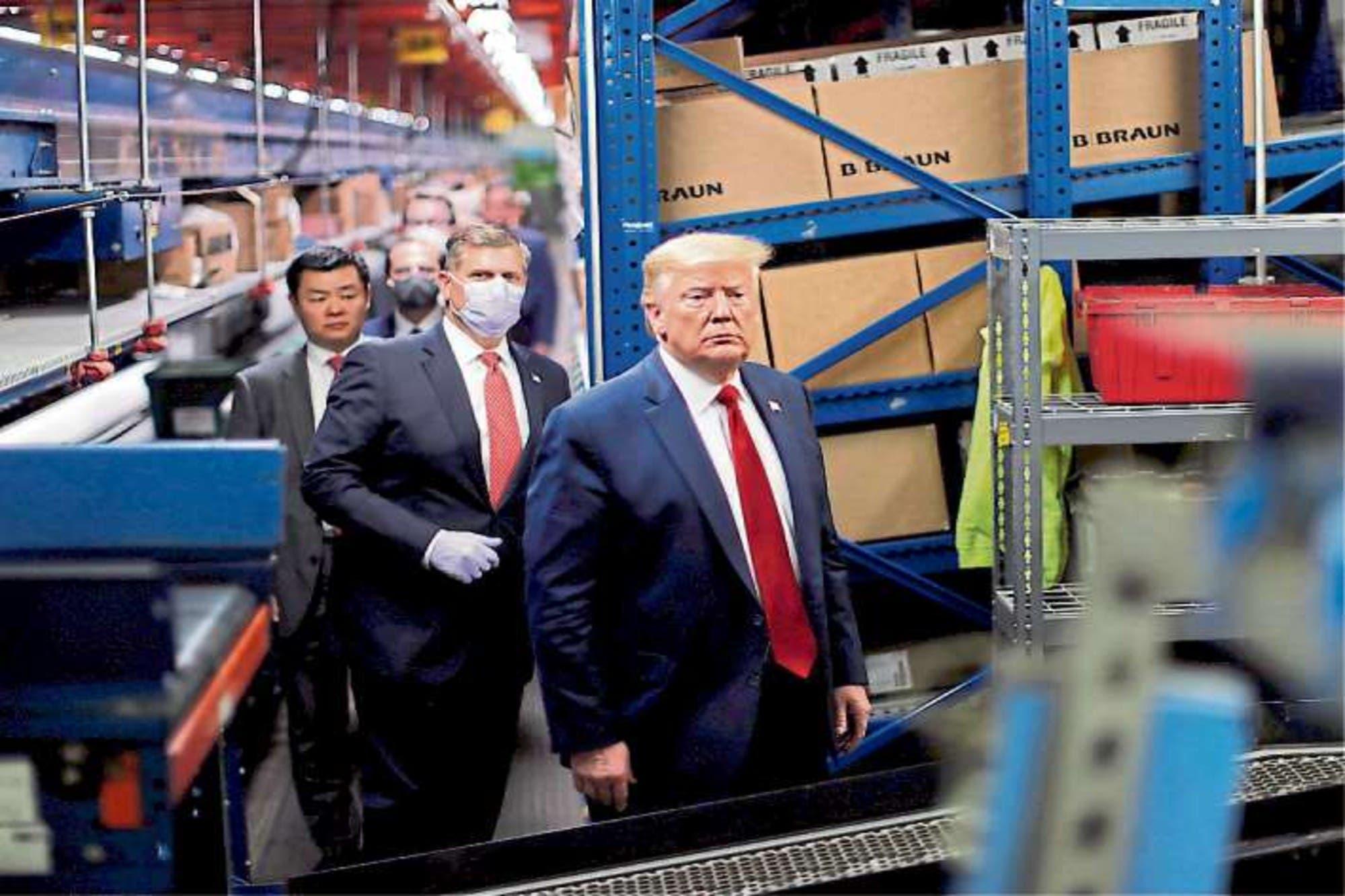 Más aislado, Trump se queda sin cartas para desconocer su derrota