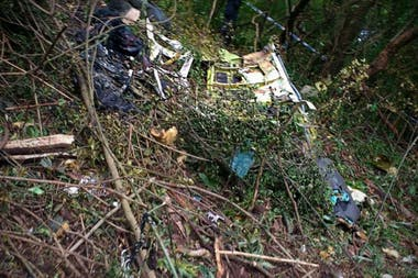 Participaron bomberos y vecinos de la zona en la búsqueda de los restos del Beechcraft Baron-58