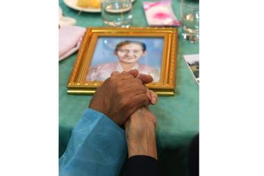 En el encuentro las familias intercambiaron fotografías familiares