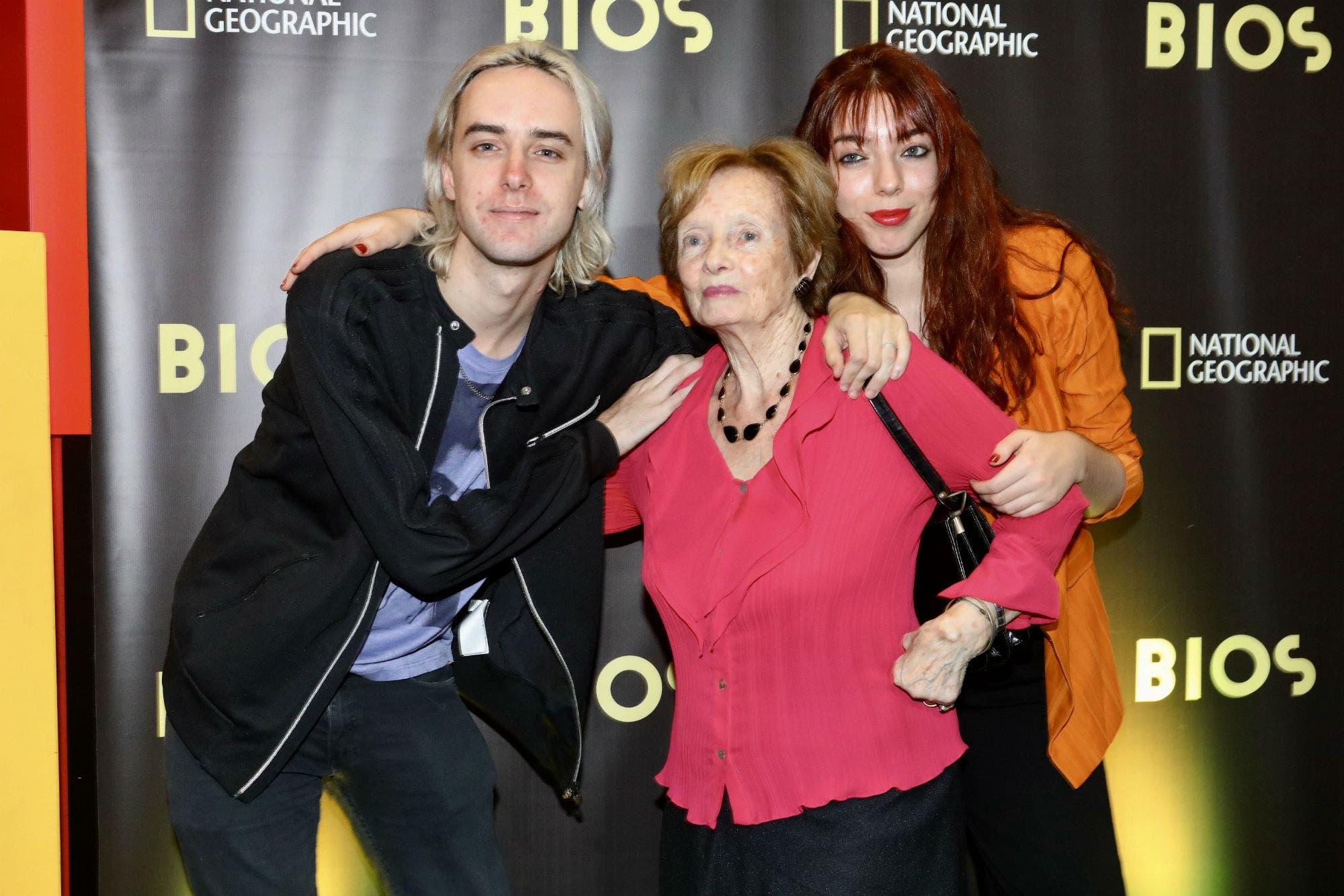 """Gustavo Cerati: la historia de """"Té para tres"""", contada por su mamá, Lilian Clark"""