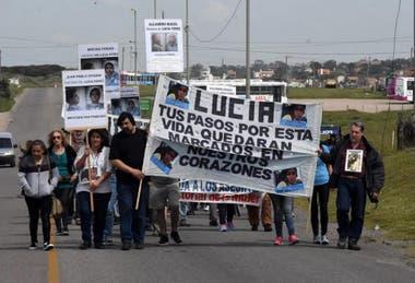Familiares y amigos se movilizaron varias veces en Mar del Plata para exigir justicia por el asesinato de Lucía Pérez