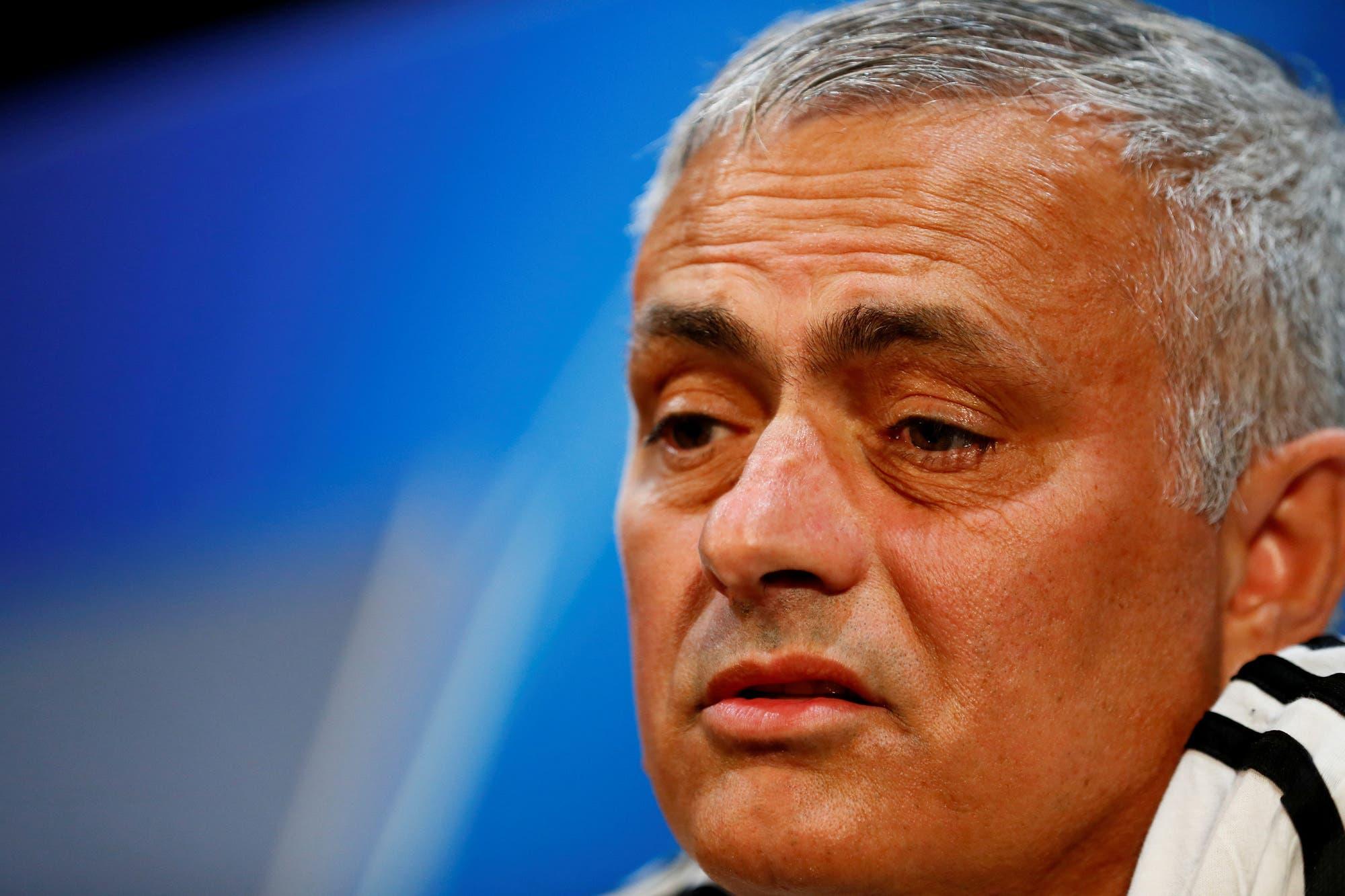 """Echaron a Mourinho: Manchester United despidió al DT """"con efecto inmediato"""" por los malos resultados"""