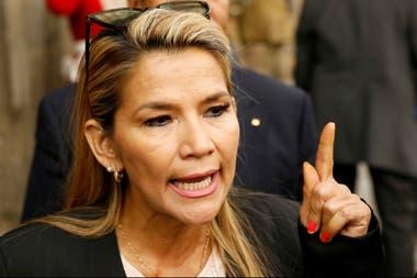 Jeanine Áñez sucedió en la presidencia a Evo Morales