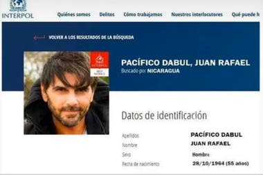 La notificación de Interpol sobre el pedido de captura de Juan Darthés