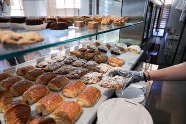 Mientras que el consumo familiar de las harinas aumentó un 70% en el último mes, las panaderías reflejan una baja en las ventas