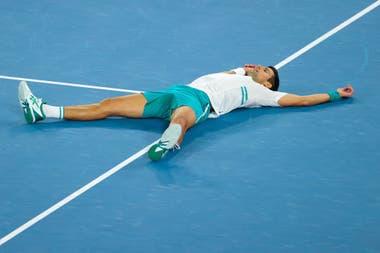 El serbio Novak Djokovic, número 1 del ranking mundial, se consagró en el Abierto de Australia al vencer al ruso Daniil Medvedev en la final.