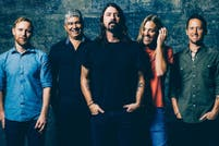 Foo Fighters se burla de los rumores de separación en un video