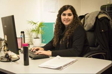 Agustina Belogi, de 26 años, trabaja como responsable de proyectos regulatorios en temas ambientales