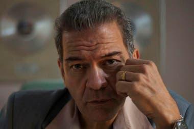 El personaje de Hugo López personificado por César Bordón
