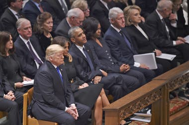 Trump, Obama, Clinton en el funeral de George H.W. Bush
