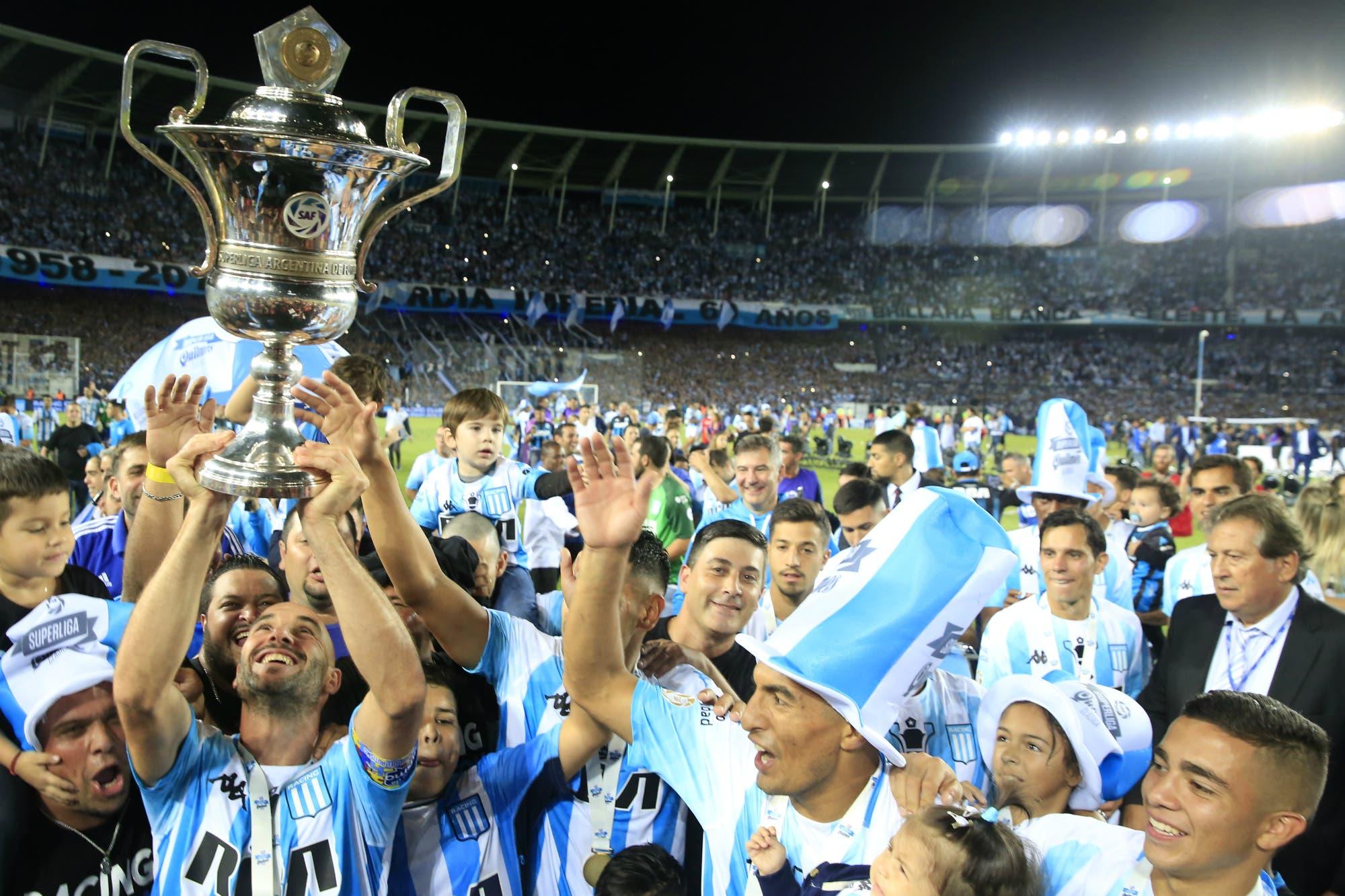 """""""Volvamos a la AFA"""": se recalienta la interna en la Superliga por el ida y vuelta en la quita de puntos a los clubes"""