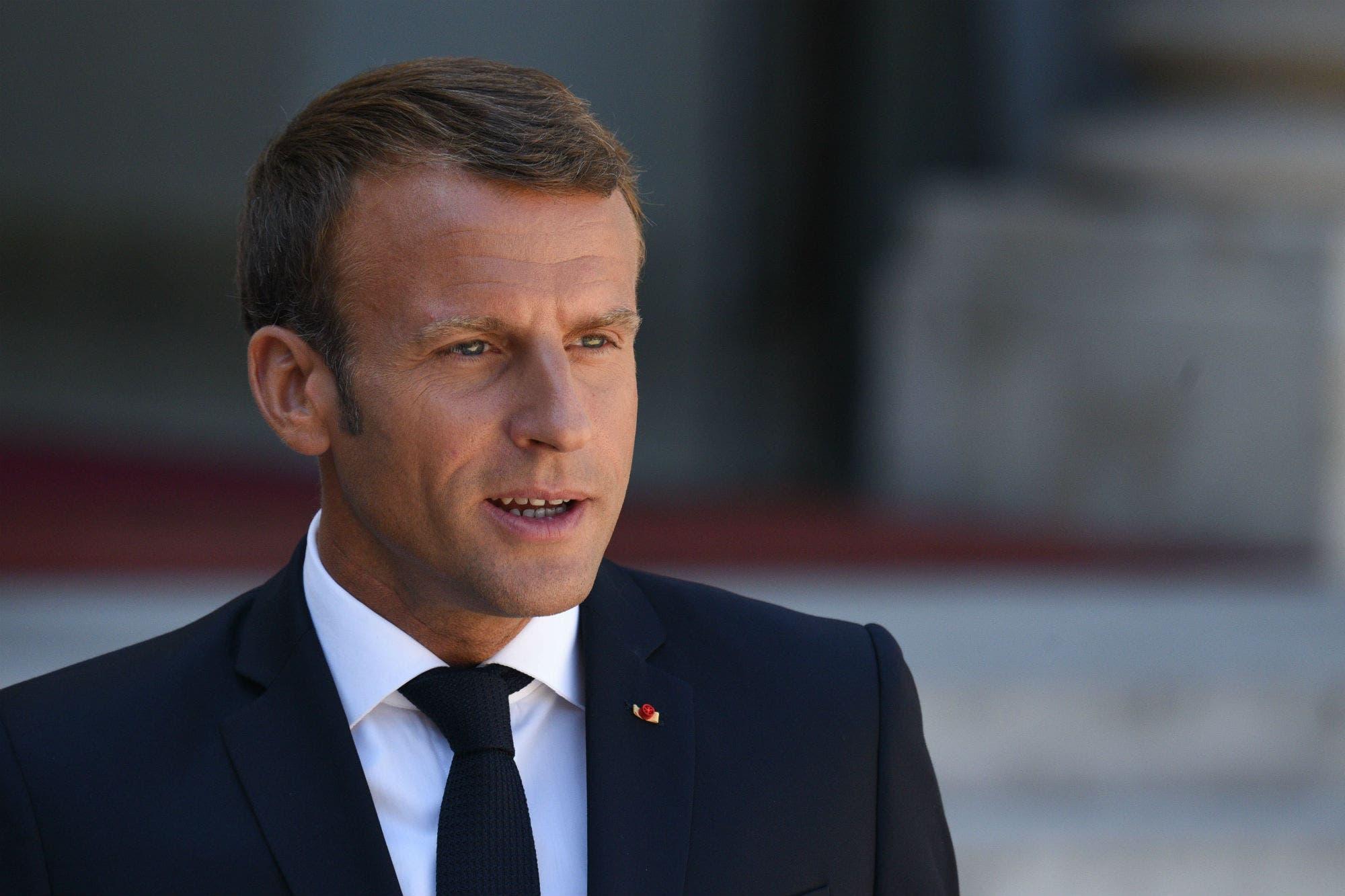 Macron pone fin a tres meses de cuarentena y busca revitalizar su gestión