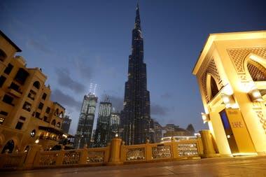 En Emiratos Árabes Unidos avanza el coronavirus y según el FMI esto provocaría un alza de los precios