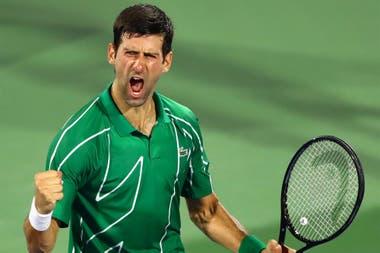 Djokovic se acerca a Nadal y a Federer tras ganar su octavo título en Australia