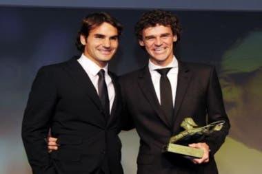 Roger Federer y Guga Kuerten participaron de una videollamada, con fines solidarios