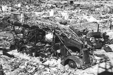 La bomba arrasó con todo a su paso