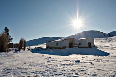 En Santa Cruz, se esperanzan con la nieve caída, luego de casi tres años de sequia