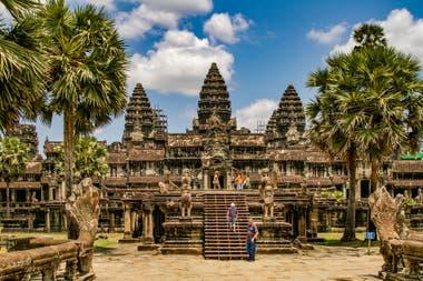Camboya exige un depósito de 3000 dólares a los viajeros que quieren ingresar en el país para costear los gastos del test, el aislamiento y eventual internación