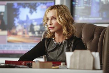 El último trabajo en TV. Calista Flockhart, en la piel de Cat Grant, en la serie Supergirl