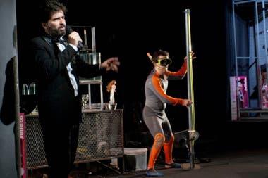 Spam, la propuesta de Rafael Spregelburd que se estrenó en el Centro de Experimentación del Colón y que luego hizo varias temporadas en El Extranjero