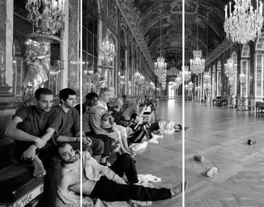 Fotomontaje de Reza Aramesh sobre imágenes de palestinos que esperar para  cruzar la Franja de Gaza 4ee730b5d95