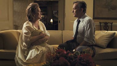 Meryl Streep y Tom Hanks fueron premiados por la asociación The National Board of Review y pisan fuerte para el Oscar